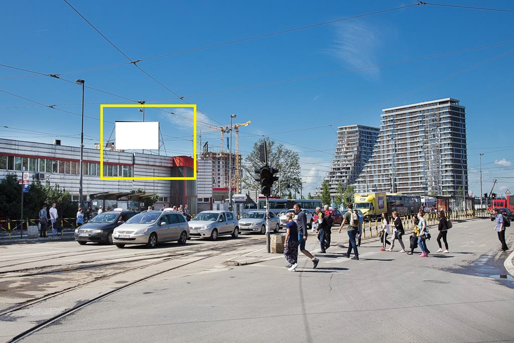 LED bilbord autobuska stanica Savski most 1